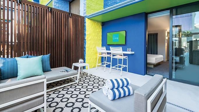 Deluxe Poolside Cabana