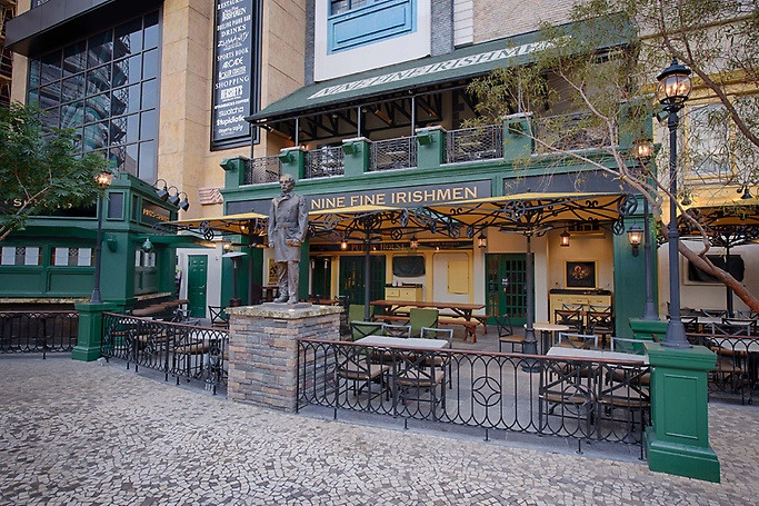 Nine Fine Irishmen patio