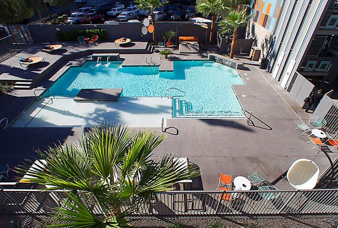 Oasis at Gold Spike Pool