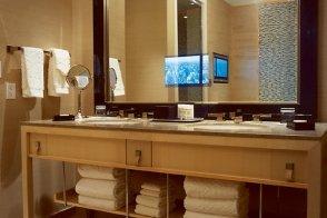 Bathroom in one-bedroom Skyloft